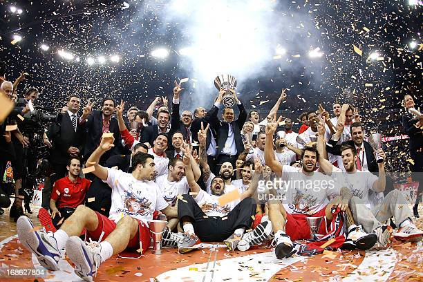 Olympiacos Piraeus celebrate during the Turkish Airlines EuroLeague Final Four 2013 Champions Awards Ceremony at O2 Arena on May 12 2013 in London...