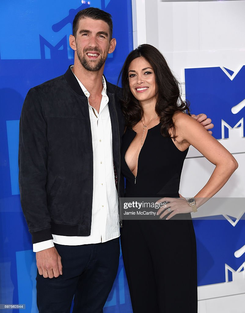 Olympian Michael Phelps and finace Nicole Johnson attends the 2016 MTV Video Music Awards at Madison Square Garden on August 28, 2016 in New York City.