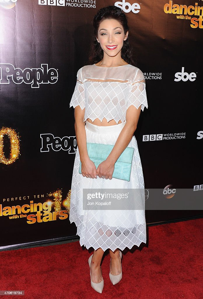 Olympic figure skater meryl davis arrives at the 10th anniversary of