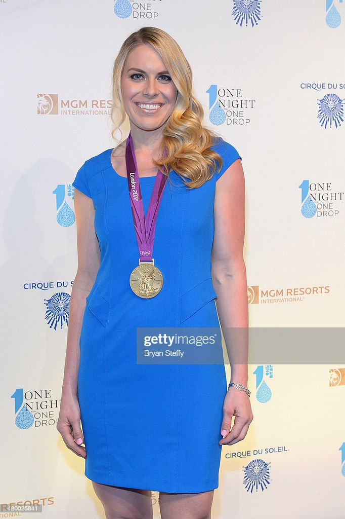 Olympic Gold Medal rower <a gi-track='captionPersonalityLinkClicked' href=/galleries/search?phrase=Esther+Lofgren&family=editorial&specificpeople=1017573 ng-click='$event.stopPropagation()'>Esther Lofgren</a> arrives at Cirque du Soleil's 2nd annual 'One Night for One Drop' at Aureole Las Vegas at the Mandalay Bay Resort and Casino on March 21, 2014 in Las Vegas, Nevada.