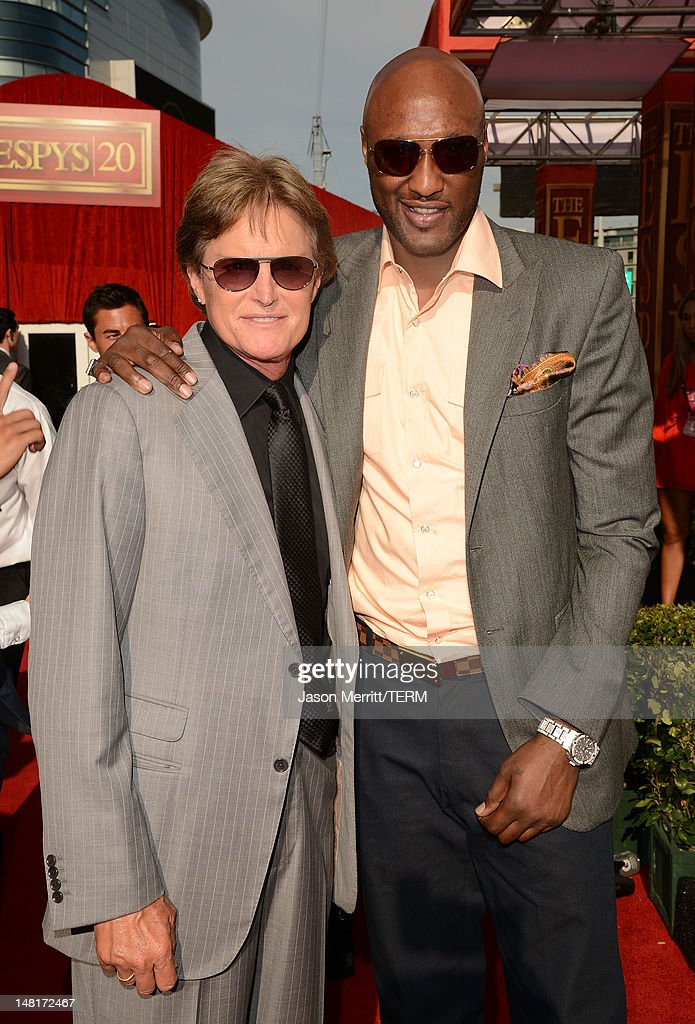 US Olympic Gold Medalist Bruce Jenner (L) and NBA player <a gi-track='captionPersonalityLinkClicked' href=/galleries/search?phrase=Lamar+Odom&family=editorial&specificpeople=201519 ng-click='$event.stopPropagation()'>Lamar Odom</a> of the Los Angeles Clippers arrive at the 2012 ESPY Awards at Nokia Theatre L.A. Live on July 11, 2012 in Los Angeles, California.
