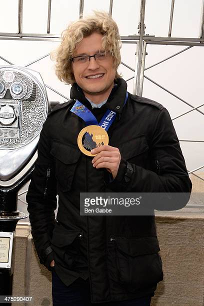 Olympic Gold Medalist Charlie White visits The Empire State Building on February 27 2014 in New York United States