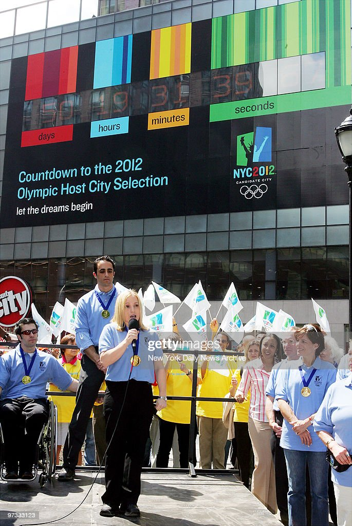 Olympic gold medalist Kerri Strug endorses the city's bid for the 2012 Summer Olympic Games as a giant digital clock that will count down the days...
