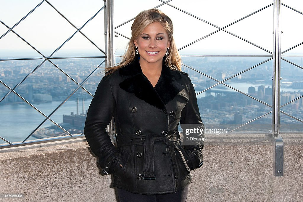 Olympic gymnastics gold medalist <a gi-track='captionPersonalityLinkClicked' href=/galleries/search?phrase=Shawn+Johnson+-+Gymnast&family=editorial&specificpeople=2330927 ng-click='$event.stopPropagation()'>Shawn Johnson</a> visits The Empire State Building on November 28, 2012 in New York City.