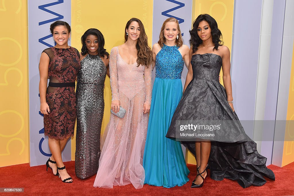 olympic-gymnasts-laurie-hernandez-simone-biles-aly-raisman-madison-picture-id620647530