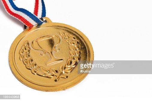 Olympische-Medaillen isoliert auf Weiß:  Gold