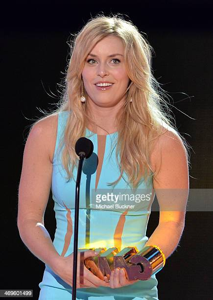 Olympic skier Lindsey Vonn accepts the Queen of the Slopes award onstage during Cartoon Network's fourth annual Hall of Game Awards at Barker Hangar...
