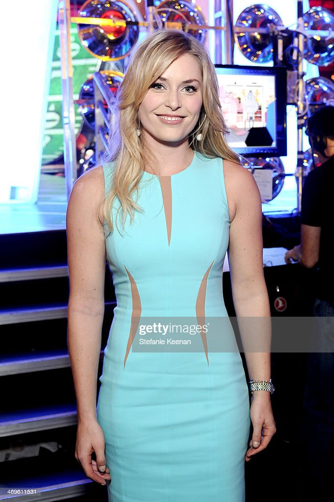 Olympic skier Lindsey Vonn attends Cartoon Network's fourth annual Hall of Game Awards at Barker Hangar on February 15, 2014 in Santa Monica, California.