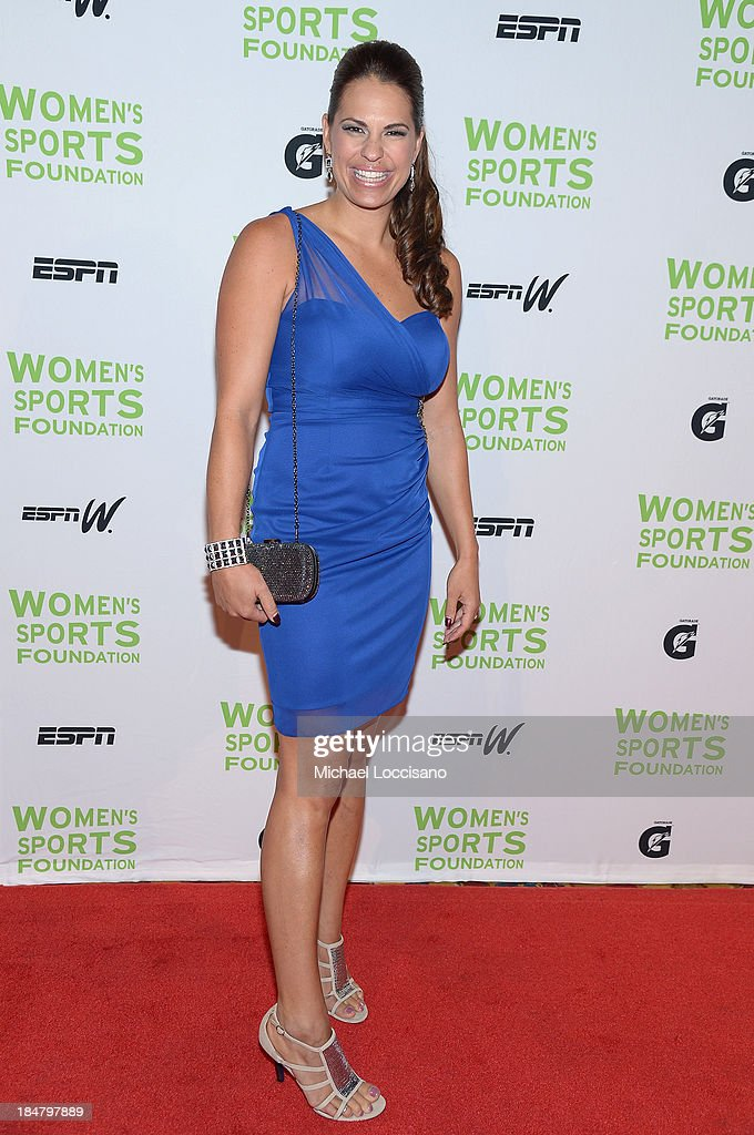 Olympic softball player <a gi-track='captionPersonalityLinkClicked' href=/galleries/search?phrase=Jessica+Mendoza+-+Softball+Player&family=editorial&specificpeople=677213 ng-click='$event.stopPropagation()'>Jessica Mendoza</a> attends the 34th annual Salute to Women In Sports Awards at Cipriani, Wall Street on October 16, 2013 in New York City.
