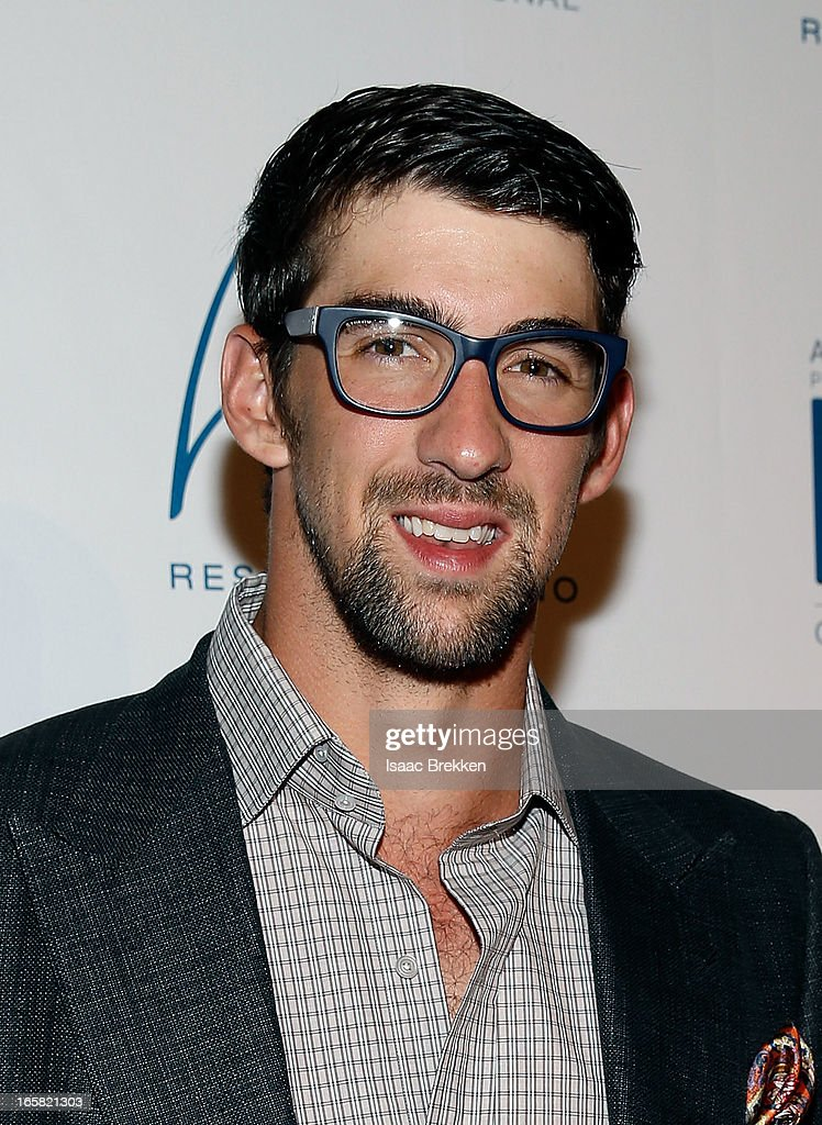 Olympic swimer Michael Phelps arrives at the 12th Annual Michael Jordan Celebrity Invitational Gala At ARIA Resort & Casino on April 5, 2013 in Las Vegas, Nevada.