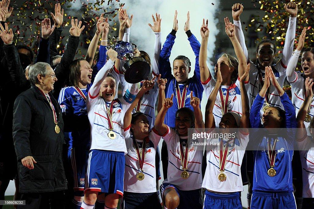 Olympique Lyonnais players celebrate after the International Women's Club Championship Final Match between INAC Kobe Leonessa and Olympique Lyonnais at Nack5 Stadium Omiya on November 25, 2012 in Saitama, Japan.