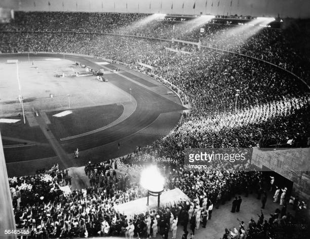 XI Olympische Summer Games in Berlin 1936 The olympic stadium [XI Olympische Sommerspiele in Berlin 1936 Das Olympiastadion]