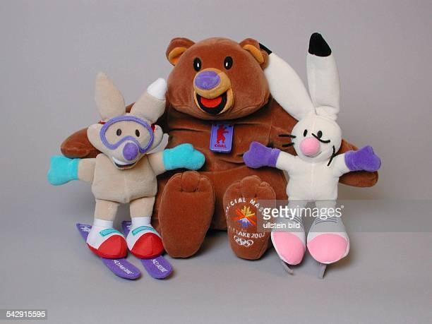 Olympische Winterspiele 2002 in Salt Lake City / USA Maskottchen Plüschtier 'Copper' Plüschbär 'Coal' und Plüschhase 'Powder'