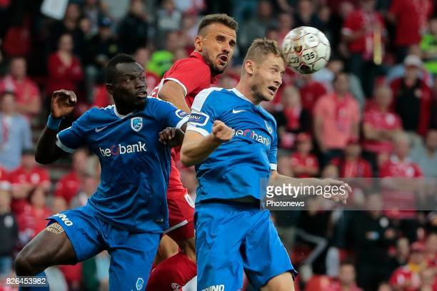 Omar Colley defender of KRC Genk and Jakub Brabec defender of KRC Genk in an airduel with Orlando Sa forward of Standard Liege during the Jupiler Pro...