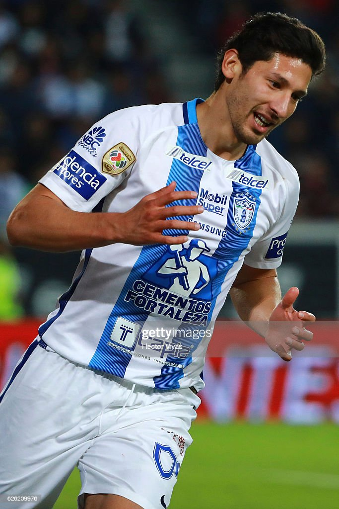 Omar Gonzalez of Pachuca reacts during the quarter finals second leg match between Pachuca and Necaxa as part of the Torneo Apertura 2016 Liga MX at Hidalgo Stadium on November 27, 2016 in Pachuca, Mexico.