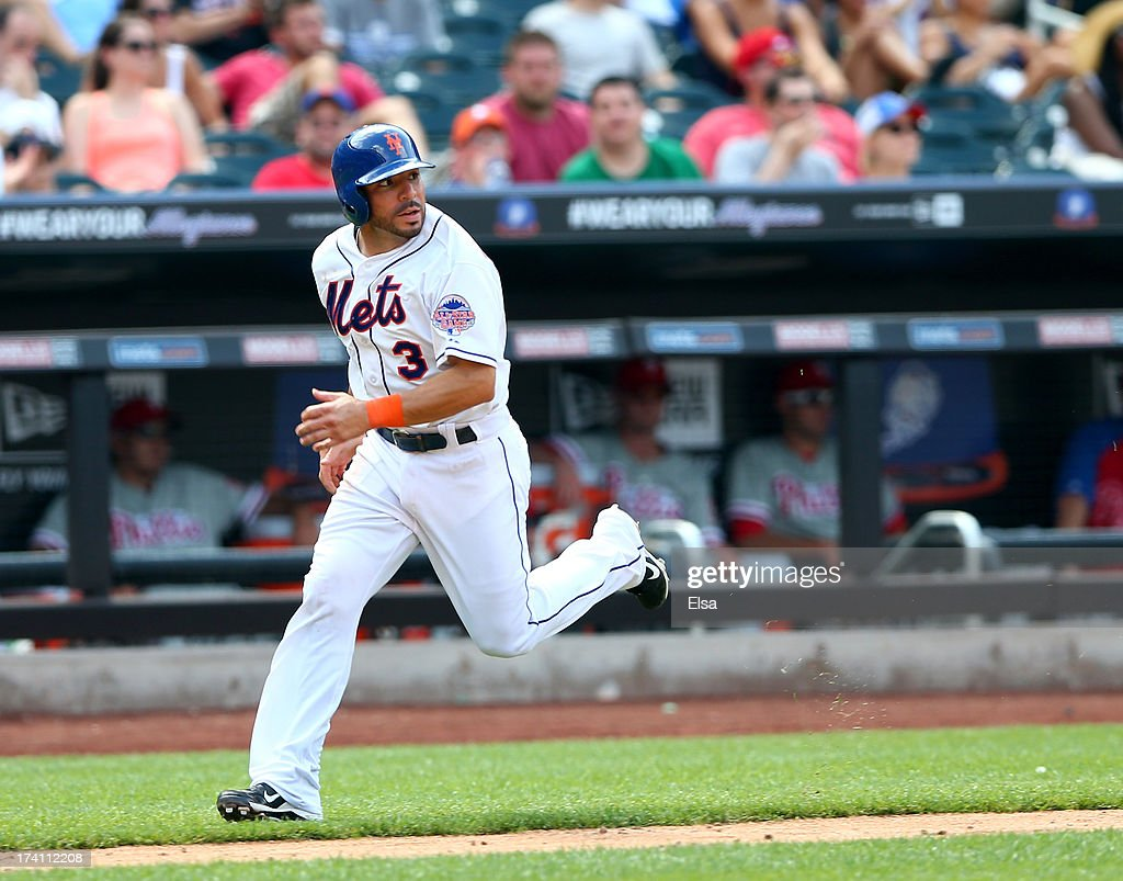 <a gi-track='captionPersonalityLinkClicked' href=/galleries/search?phrase=Omar+Quintanilla&family=editorial&specificpeople=551479 ng-click='$event.stopPropagation()'>Omar Quintanilla</a> #3 of the New York Mets scores a run in the seventh inning against the Philadelphia Phillies on July 20, 2013 at Citi Field in the Flushing neighborhood of the Queens borough of New York City. The New York Mets defeated the Philadelphia Phillies 5-4.
