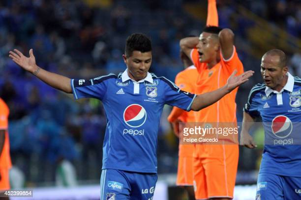 Omar Vasquez of Millonarios celebrates a scored goal against Envigado during a match between Millonarios and Envigado as part of the Liga Postobon...