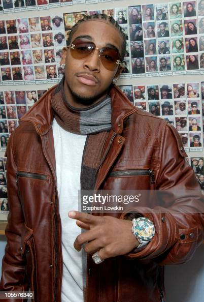 Omarion during Blink 182 Omarion and Fabolous Visit MTV's 'TRL' November 10 2004 at MTV Studios in New York City NY United States