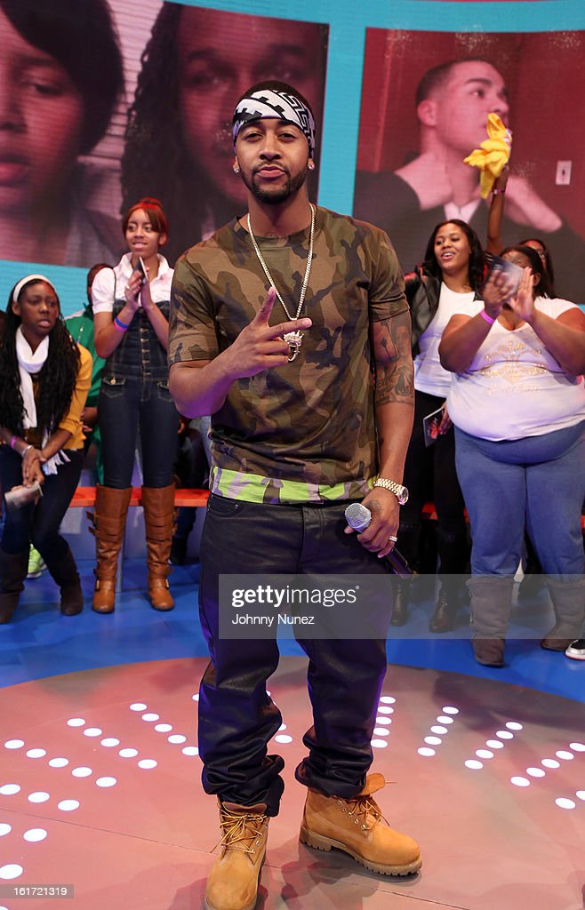 <a gi-track='captionPersonalityLinkClicked' href=/galleries/search?phrase=Omarion&family=editorial&specificpeople=203120 ng-click='$event.stopPropagation()'>Omarion</a> visits BET's '106 & Park' at BET Studios on February 14, 2013 in New York City.