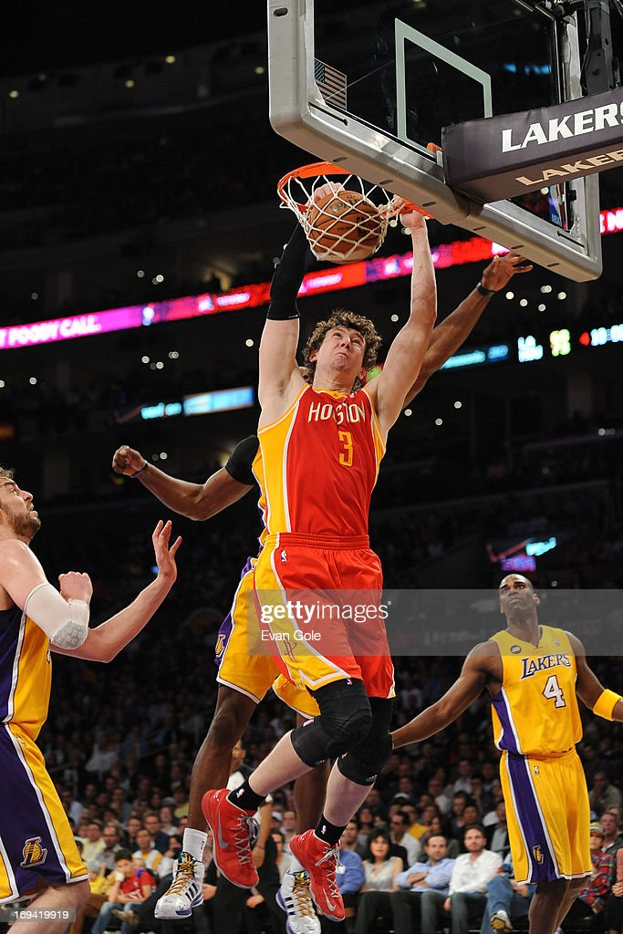 <a gi-track='captionPersonalityLinkClicked' href=/galleries/search?phrase=Omer+Asik&family=editorial&specificpeople=4946055 ng-click='$event.stopPropagation()'>Omer Asik</a> #3 of the Houston Rockets dunks the ball against the Los Angeles Lakers at Staples Center on April 17, 2013 in Los Angeles, California.