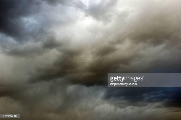 Unheilschwanger Sky