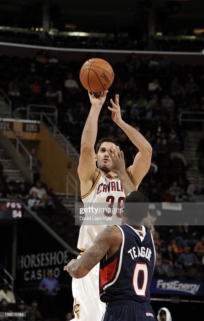 Omri Casspi #36 of the Cleveland Cavaliers shoots the jumper against Jeff Teague #0 of the Atlanta Hawks at The Quicken Loans Arena on January 9, 2013 in Cleveland, Ohio.