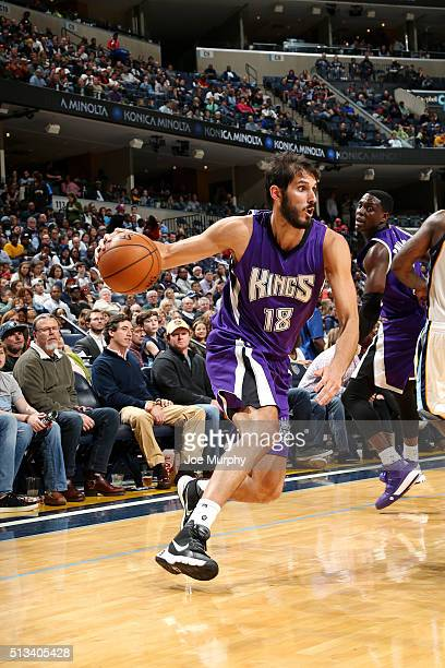 Omri Casspi of the Sacramento Kings drives to the basket during the game against the Memphis Grizzlies on March 2 2016 at FedExForum in Memphis...