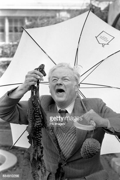 On a London roof garden amateur weather forecaster William Foggitt 68 year old naturalist from Thirsk North Yorkshire aided by seaweed and and fir...