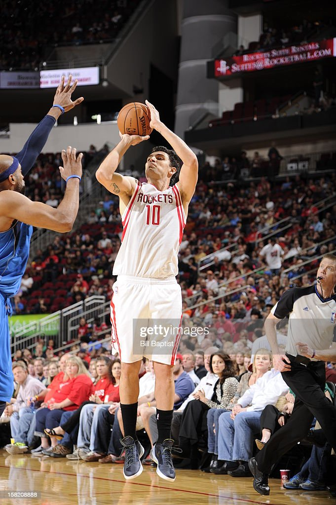on December 8, 2012 at the Toyota Center in Houston, Texas.