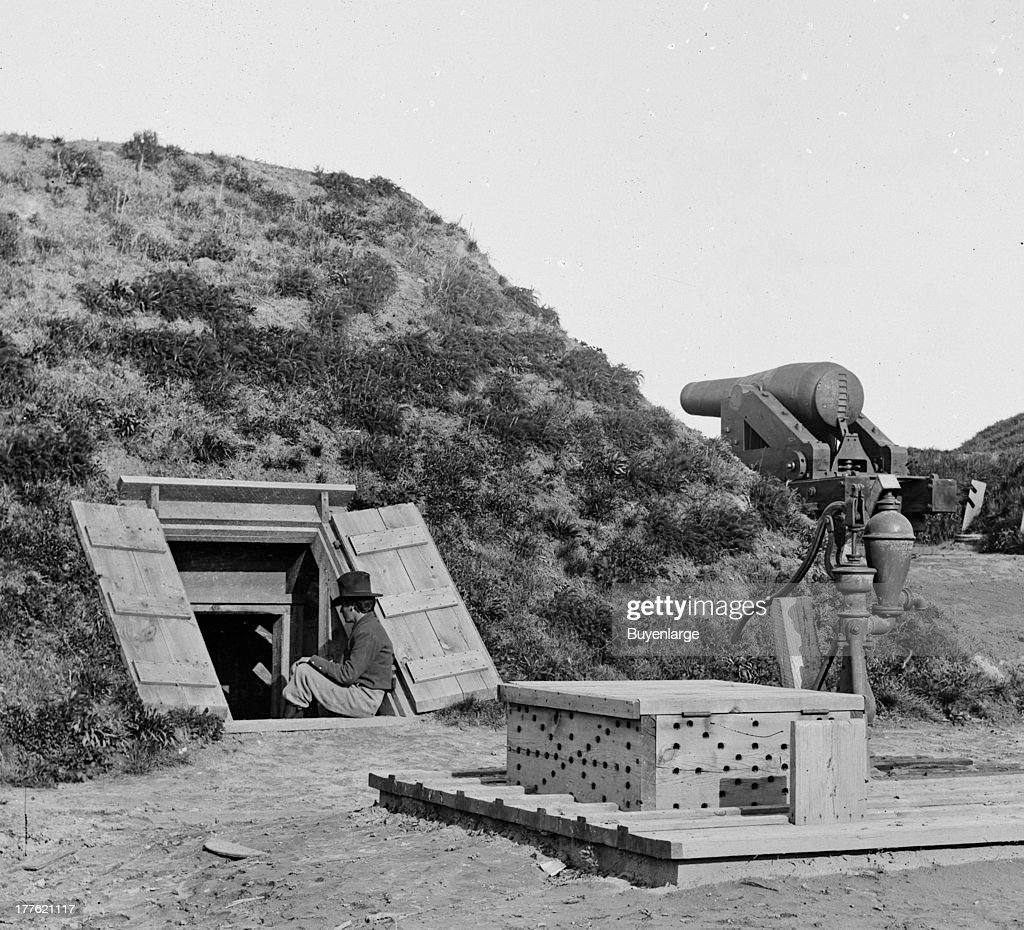 On March 17 the men of Captain Drewry's Southside Artillery arrived at the bluff and began fortifying the area They constructed earthworks erected...