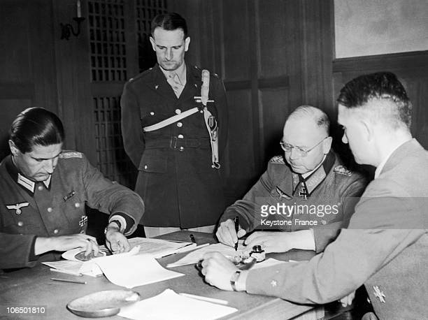 On May 10 1945 Lieutenant General Erich Brandenberger The Commander Of The 7Th German Army Signed The Act Surrendering His Troops From Panzer To...