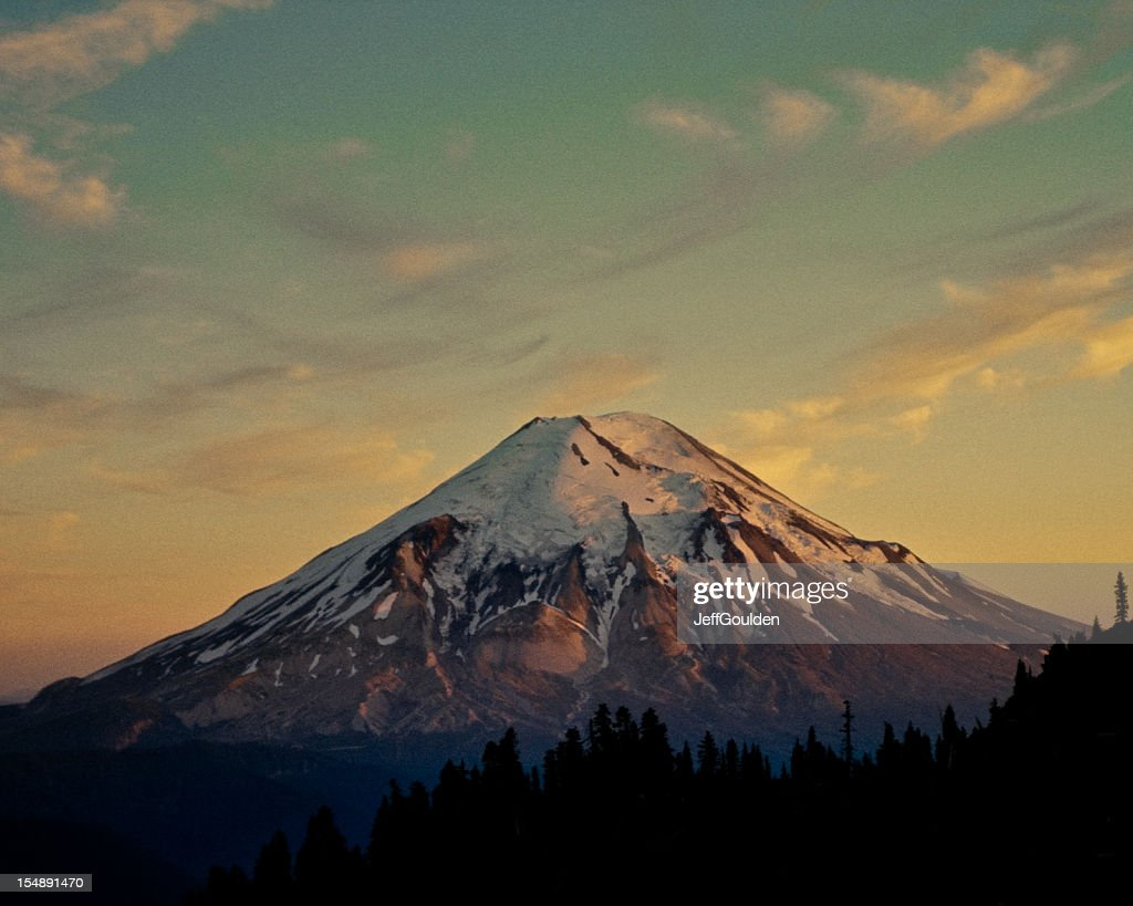the creative writing the eruption of mount saint helens We knew that lauren tarshis's gripping story mountain of fire, about the eruption of mount st helens in 1980 volcanic learning extensions by anna starecheski a creative writing assignment.