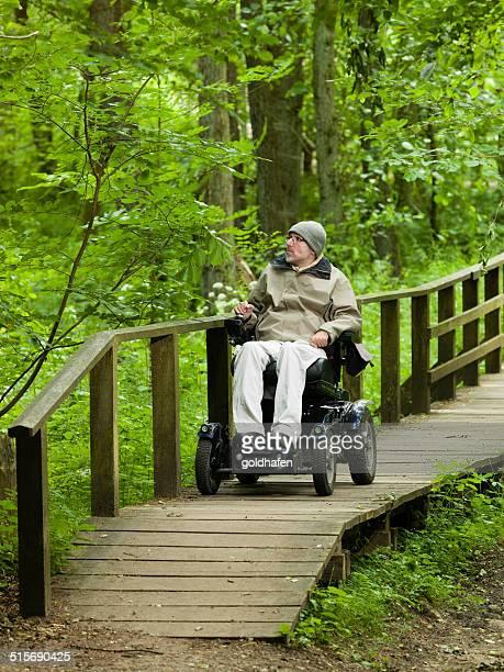 Le mouvement, mobiliity avec fauteuil roulant