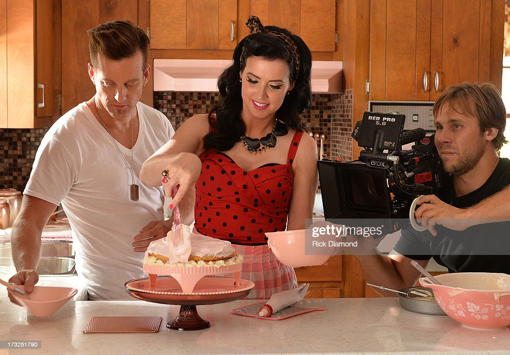 On the set with ACM 'Duo of the Year' Thompson Square who are Keifer Thompson and Shawna Thompson as they tape their upcoming video 'Everything You...