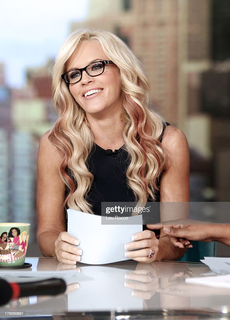 THE VIEW - (6.4.13) On today's show, guest co-host Jenny McCarthy; Sofía Vergara (ABC's 'Modern Family') and the cast of Broadways 'Pippin.' 'The View' airs Monday-Friday (11:00 am-12:00 pm, ET) on the ABC Television Network. MCCARTHY