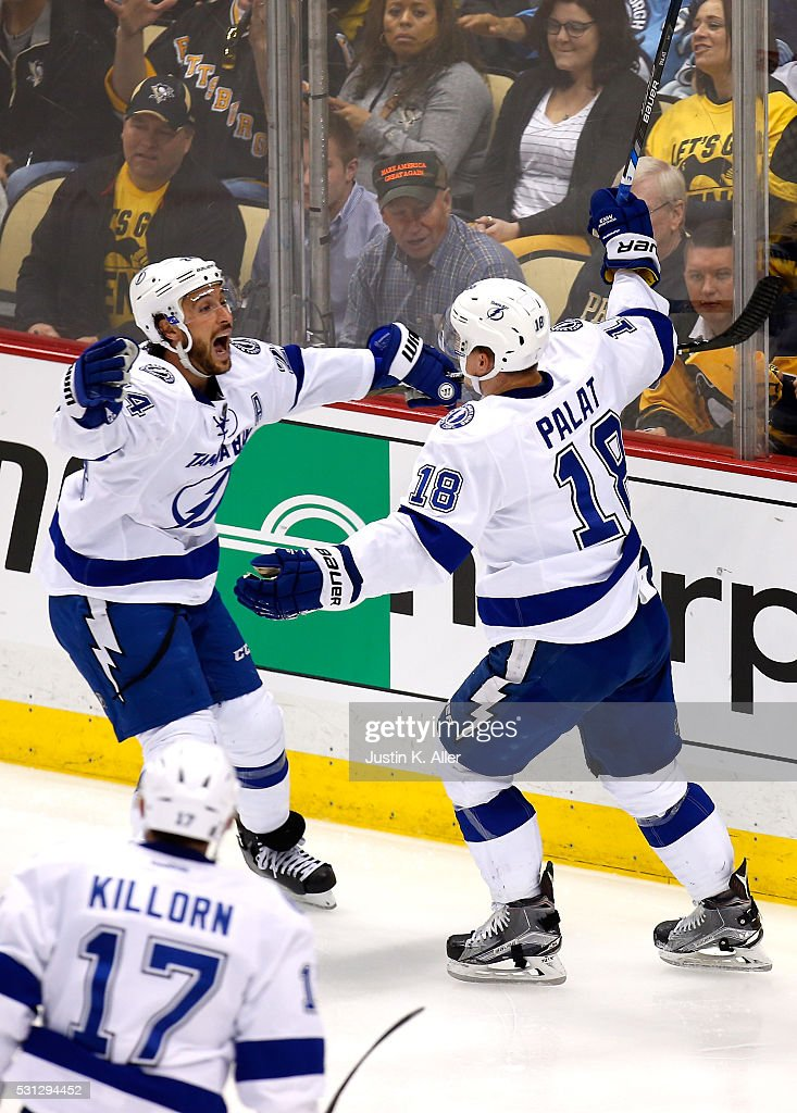 Ondrej Palat #18 of the Tampa Bay Lightning celebrates with his teammate Ryan Callahan #24 after scoring a goal in the second period against Matt Murray #30 of the Pittsburgh Penguins in Game One of the Eastern Conference Final during the 2016 NHL Stanley Cup Playoffs on May 13, 2016 in Pittsburgh, Pennsylvania.