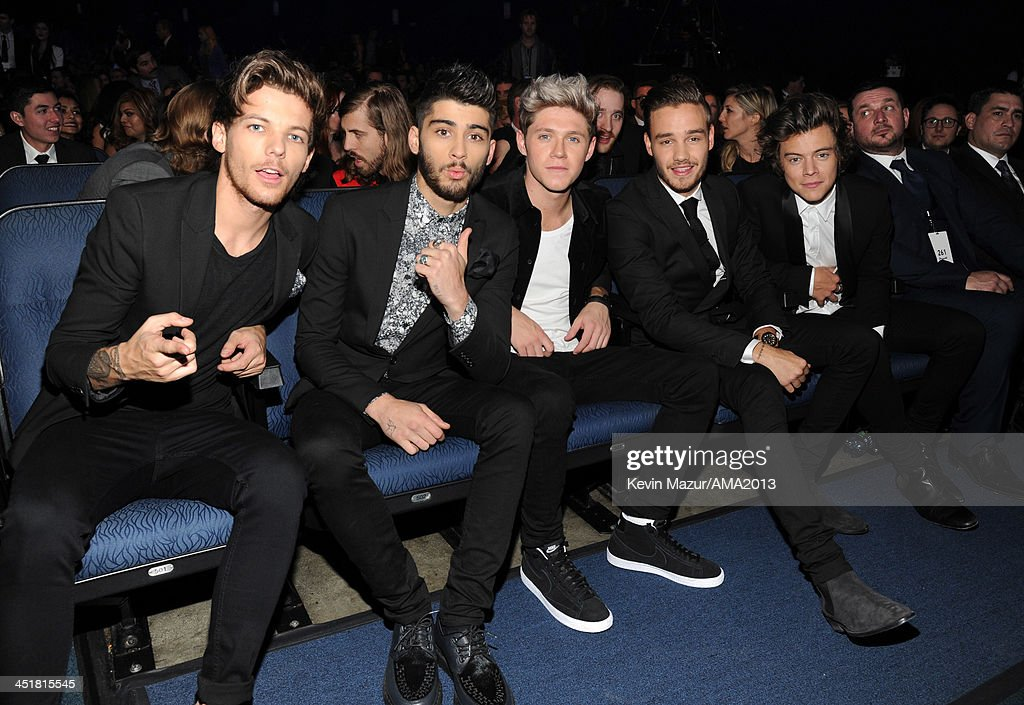<a gi-track='captionPersonalityLinkClicked' href=/galleries/search?phrase=One+Direction+-+Boy+Band&family=editorial&specificpeople=7380629 ng-click='$event.stopPropagation()'>One Direction</a> attends 2013 American Music Awards at Nokia Theatre L.A. Live on November 24, 2013 in Los Angeles, California.