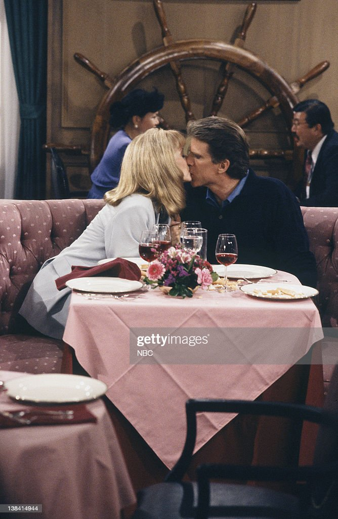 CHEERS -- 'One for the Road' Episode 25 -- Air Date -- Pictured: (l-r) Shelley Long as Diane Chambers, Ted Danson as Sam Malone