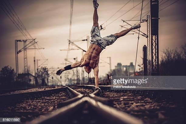 Eine Seite, auf der Gleise