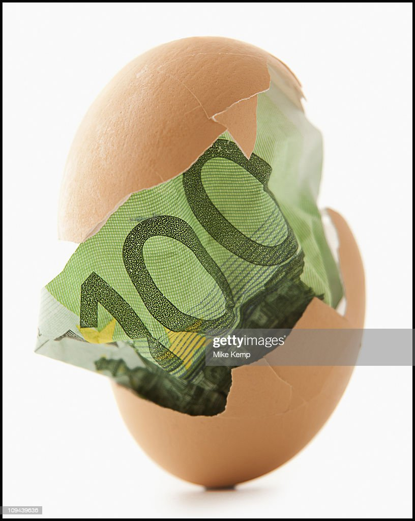 One hundred euro note in eggshell
