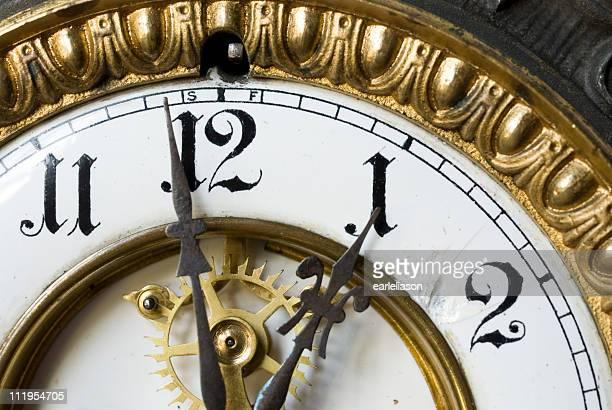 Eine Uhr horizontal