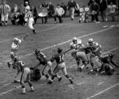 One of few bright spots for the New York Giants and 63031 patrons at Yankee Stadium was a YA Tittle pass to Frank Gifford against the Dallas Cowboys...