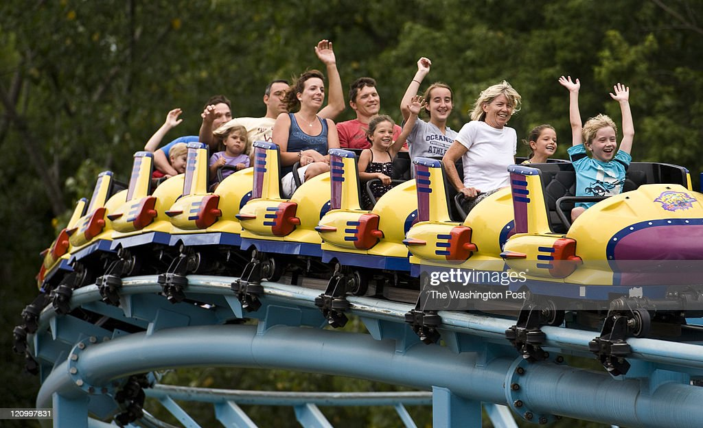 One of the most popular dry attractions at Sesame Place is the Vapor Trail. Guests enjoy the thrill ride Thursday, Aug.4, 2011 in Langhorne, PA. Photo by Katherine Frey/The Washington Post via Getty Images)