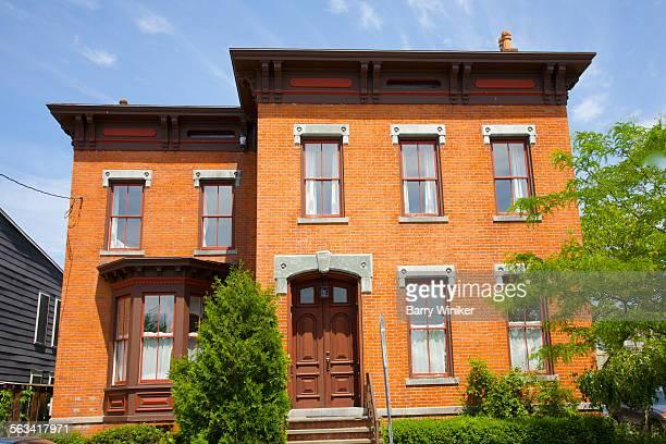 One-family Italianate residence in Hudson, NY
