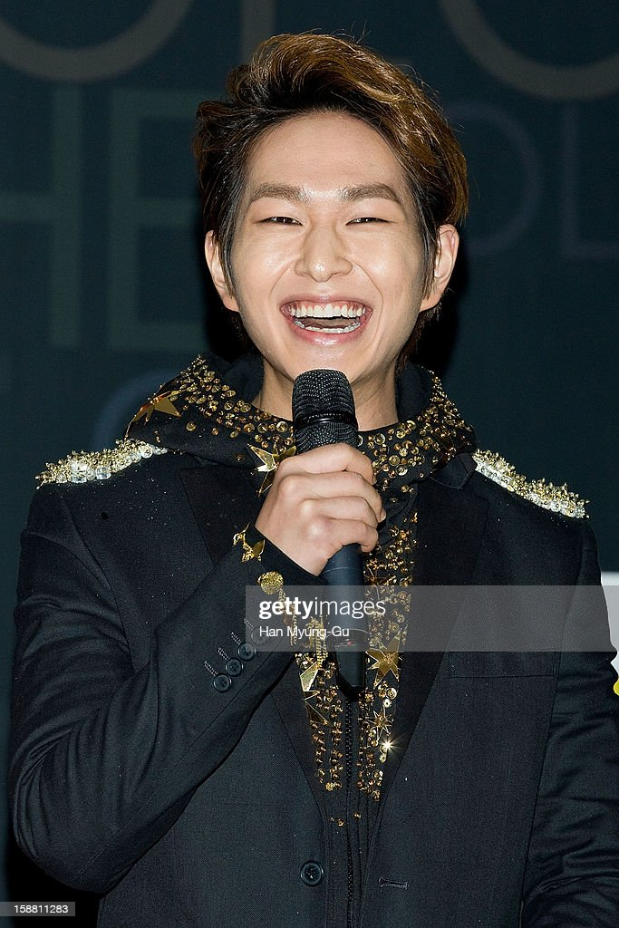 Onew of South Korean boy band SHINee arrives at the 2012 SBS Korea Pop Music Festival named 'The Color Of K-Pop' at Korea University on December 29, 2012 in Seoul, South Korea.