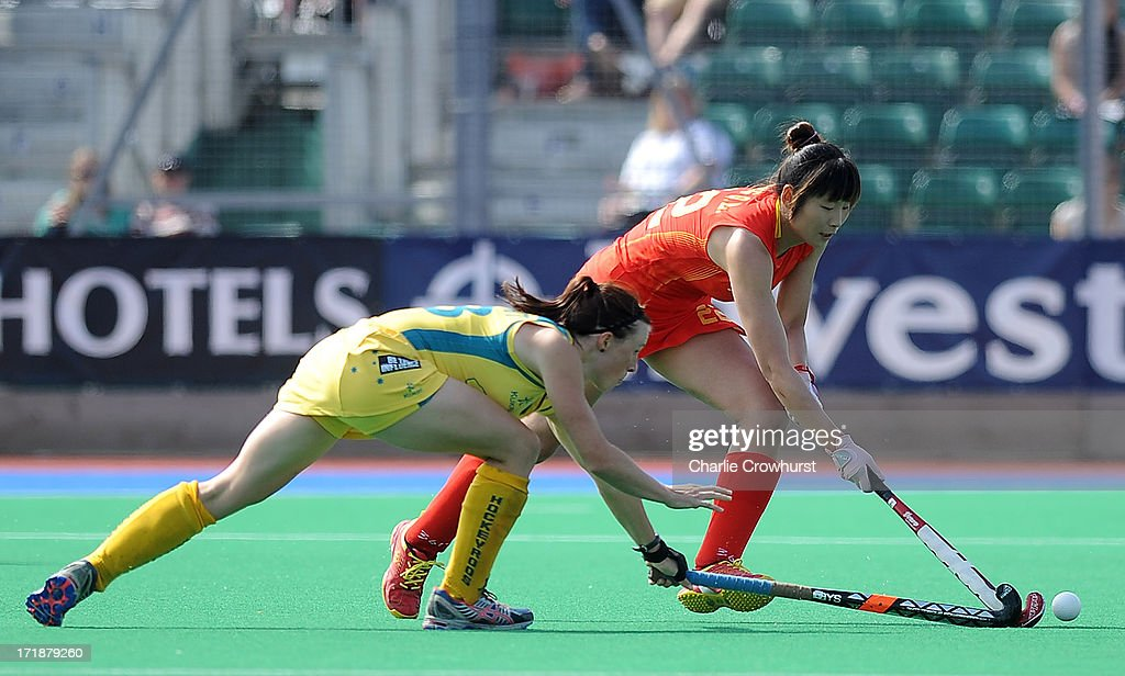ong Qingling of China attacks during the Investec Hockey World League - Semi Finals match between China and Australia at The University of Westminster Sports Ground on June 29, 2013 in London, England.
