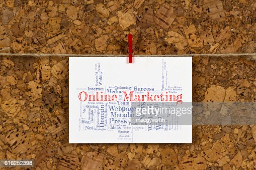 Nuvem de palavra De marketing On-line : Foto de stock