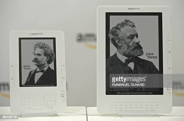 Online retail giant Amazoncom unveils the Kindle DX a largescreen version of its popular Kindle electronic reader designed for newspapers magazines...