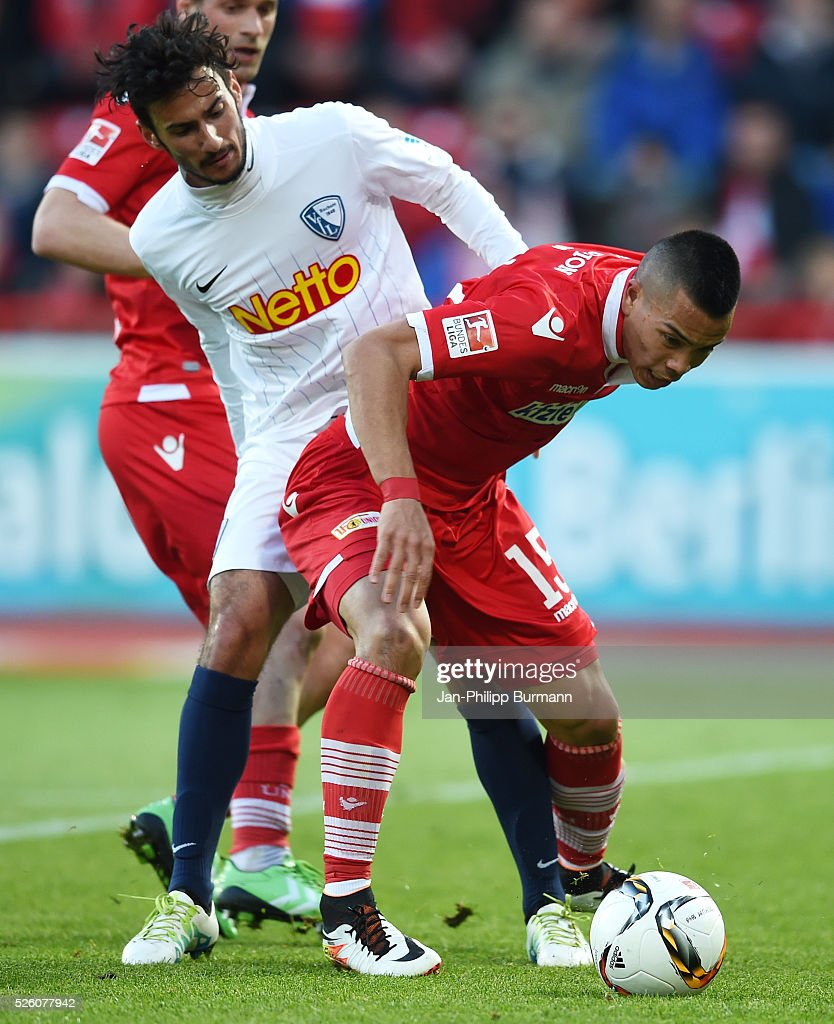 Onur Bulut of VFL Bochum and <a gi-track='captionPersonalityLinkClicked' href=/galleries/search?phrase=Bobby+Wood&family=editorial&specificpeople=8229074 ng-click='$event.stopPropagation()'>Bobby Wood</a> of 1 FC Union Berlin during the game between Union Berlin and VFL Bochum on April 29, 2016 in Berlin, Germany.