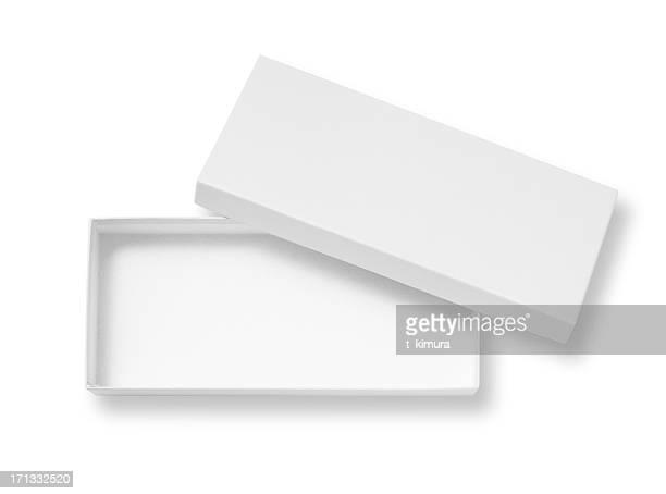 Caja en blanco abierta